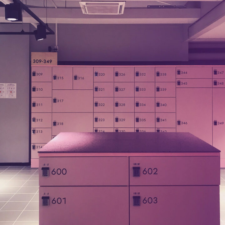 Secure and releable IoT data transmission solution for self service postal lockers